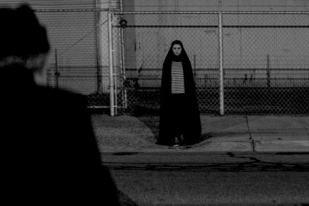 Iranian vampire spaghetti western –  A GIRL WALKS HOME ALONE AT NIGHT